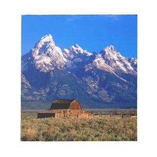 USA, Wyoming, Grand Teton National Park, Morning Notepad