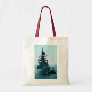 "USS Gridley"" coast guard cruiser prepares to dock Canvas Bag"