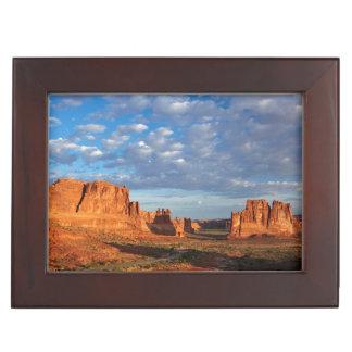 Utah, Arches National Park, rock formations 2 Keepsake Box