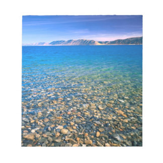 UTAH. USA. Clear water of Bear Lake reveals Notepad