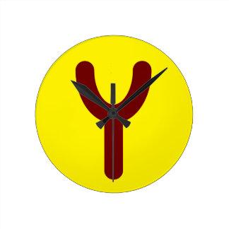 Utopian Slingshot Clock