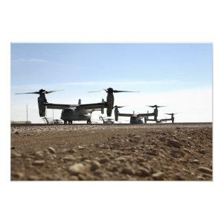 V-22 Osprey tiltrotor aircraft Photo Print