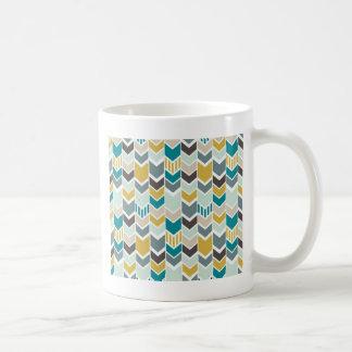v-shape basic white mug