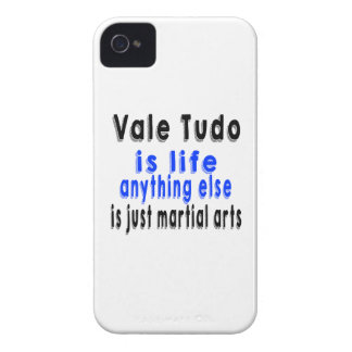 Vale Tudo is life anything else is just a Martial iPhone 4 Cover