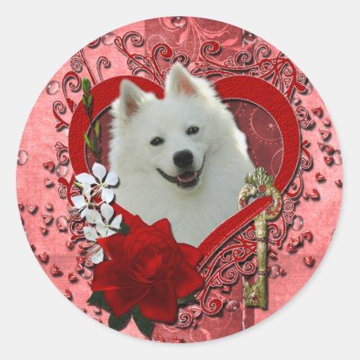 Valentines - Key to My Heart - American Eskimo Round Sticker