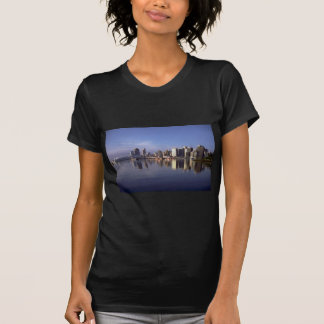 Vancouver skyline, British Columbia, Canada T-Shirt