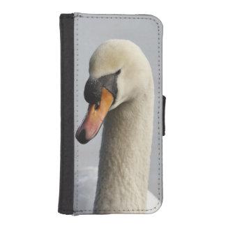 Vancouver, Stanley Park, Mute Swan (Cygnus olor) iPhone SE/5/5s Wallet Case