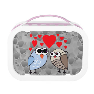 Vector Owls with hearts Lunch Box
