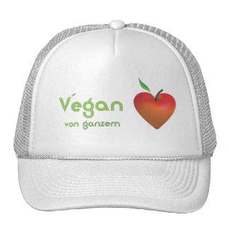 Vegan von ganzem Herzen (rotes Apfelherz) Cap