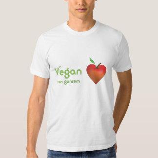 Vegan von ganzem Herzen (rotes Apfelherz - Fitted) T Shirts