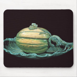 Vegetable dish in the form of a pumpkin mouse mat
