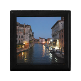 Venice at night gift box