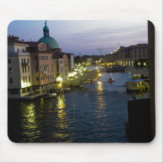 Venice at night mouse mat