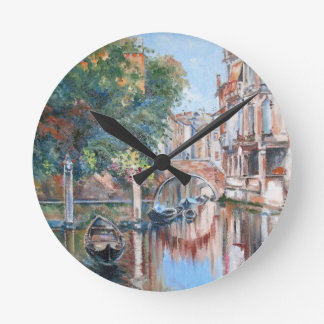 Venice canals round clock