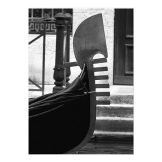 Venice Gondola Announcements
