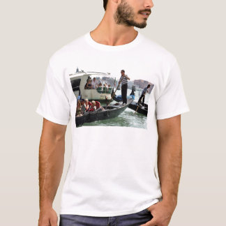 VENICE GONDOLIERS ON THE GRAND CANAL T-Shirt