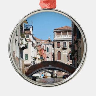 Venice Silver-Colored Round Decoration