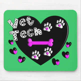 Vet Tech BLACK AND WHITE HEARTS Mouse Mat