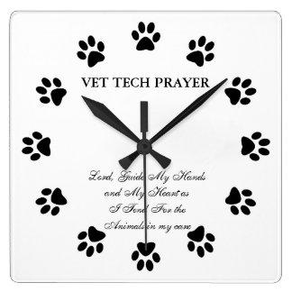 Vet Tech Prayer Wall Clock
