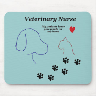 Veterinary Nurse-Paw Prints on My Heart Mouse Mat