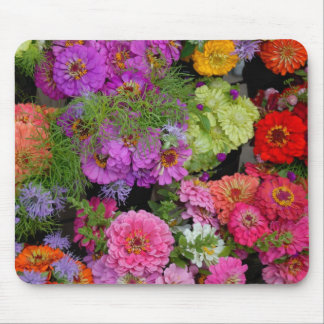 Vibrant colored daisies mouse mat