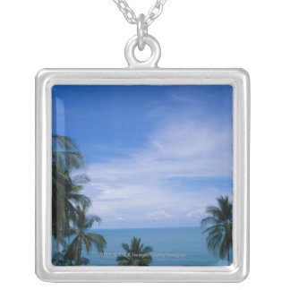 Vibrant shoreline silver plated necklace
