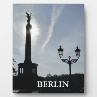 Victory-Column with street lamp 02.T, Berlin Plaque