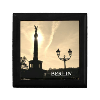 Victory-Column with street lamp 02.T, Berlin Small Square Gift Box