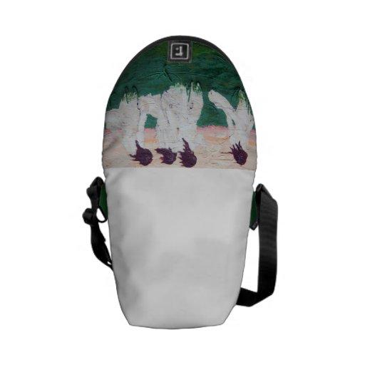 Viet Nam flavor - Ao Dai bag Messenger Bag