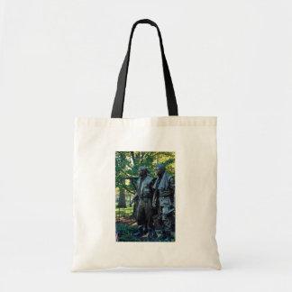 Vietnam Memorial Washington D C USA Canvas Bags