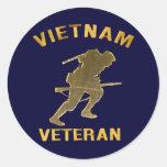 VIETNAM SOLDIER IN GOLD Gifts Round Stickers