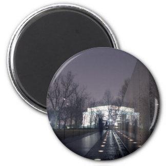 vietnam veterans memorial lincoln memorial 6 cm round magnet