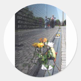 vietnam veterans memorial round stickers