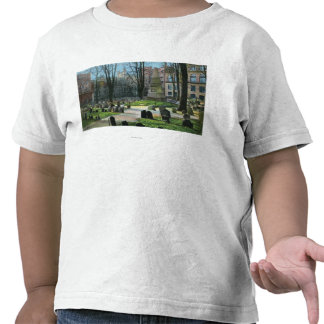 View of Ben Franklin's Tombstone T-shirts