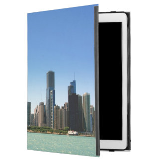 "View of Chicago skyline by Lake Michigan iPad Pro 12.9"" Case"