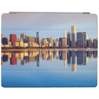 View of Chicago skyline with reflection iPad Cover
