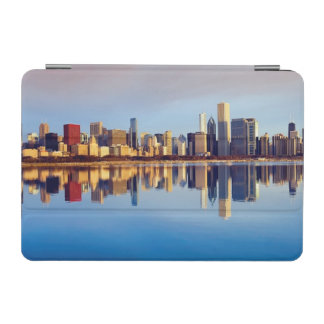 View of Chicago skyline with reflection iPad Mini Cover