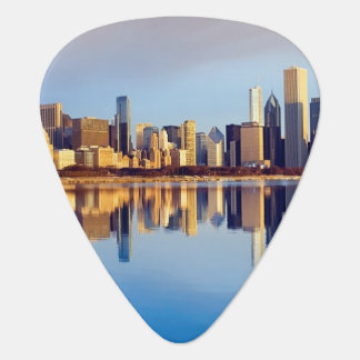 View of Chicago skyline with reflection Plectrum
