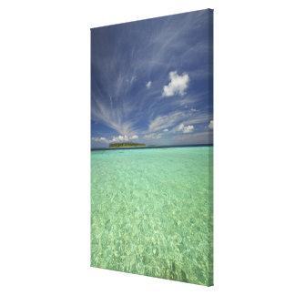 View of Funadoo Island from Funadovilligilli 2 Canvas Print