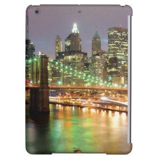 View of Lower Manhattan and the Brooklyn Bridge iPad Air Cover