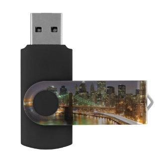 View of Lower Manhattan and the Brooklyn Bridge USB Flash Drive