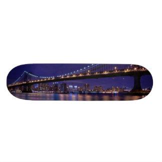 View of Manhattan bridge at night 20.6 Cm Skateboard Deck