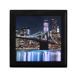 View of New York's Brooklyn bridge reflection Gift Box