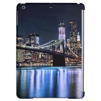 View of New York's Brooklyn bridge reflection iPad Air Case