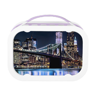 View of New York's Brooklyn bridge reflection Lunch Box