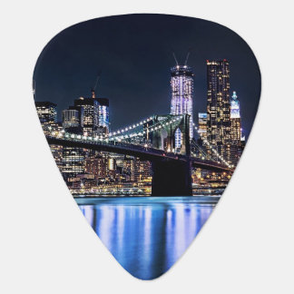 View of New York's Brooklyn bridge reflection Plectrum