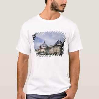 View of the facade of the Petit-Palais T-Shirt