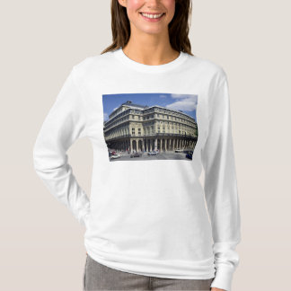 View of the facade of the Theatre Francais T-Shirt