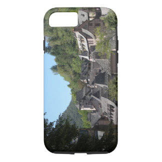 View of the medieval village (photo) iPhone 8/7 case
