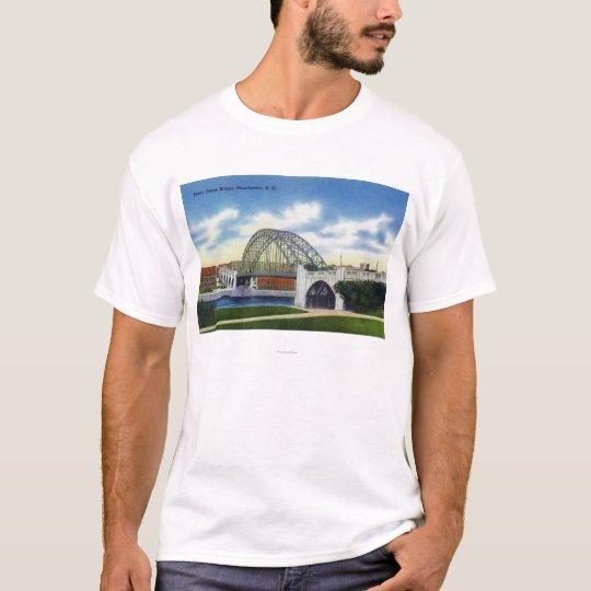 View of the Notre Dame Bridge T-Shirt